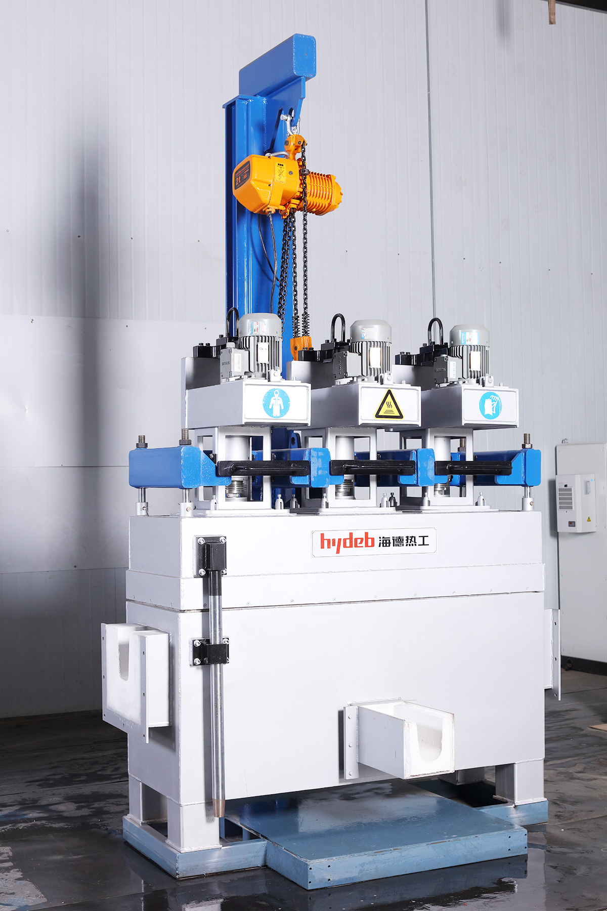 Launder type in-line rotor degassing unit (LDU)
